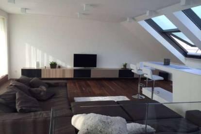 Exklusiv möblierte Top-Penthousewohnung mit 2 Terrassen im Stadtzentrum