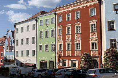 Moderne 2-Zimmer-Wohnung im Stadtzentrum von Schärding mit Terrasse und Balkon sowie möblierter Küche