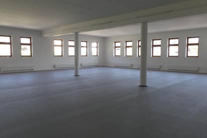 Großraumbüro - großer Saal für Veranstaltungen ab sofort zu vermieten oder .... oder