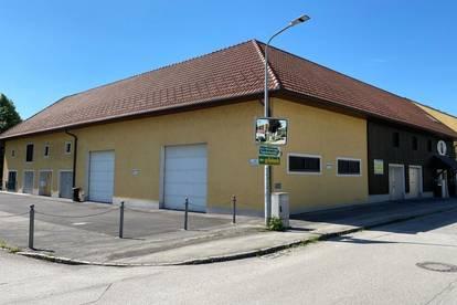 <b> Verkehrsgünstig gelegene Großgarage </b>