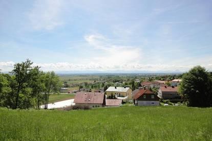 <b>Panorama-Grundstück in Leonding </b>