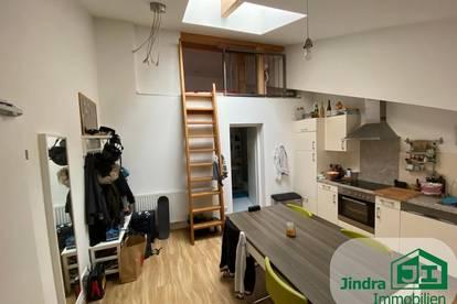 Wunderschöne Dachgeschoss-Wohnung zur Vermietung!