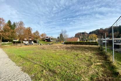 Knapp 400 m² großes Baugrundstück in sonniger Lage