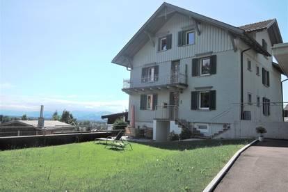 3,5-Zimmer-Dachgeschoss-Wohnung mit traumhafter Aussicht