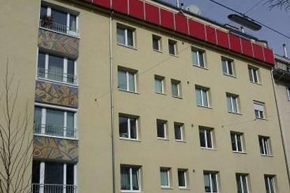 Wilhelmstraße nächst U6, ältere 71m² Neubaumiete, 4. Liftstock, WG-Eignung, Studenten bevorzugt!