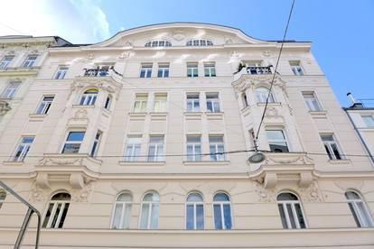 Helle Singlewohnung im Stilaltbau mit Balkon - Nähe Belvedere