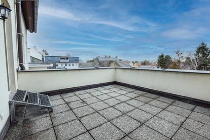Liebevoll sanierte 2-Zimmer Wohnung mit traumhafter Terrasse