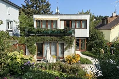 Großzügiges Architekten-Einfamilienhaus mit Büro/Einlegerwg. in bester Lage mit Traumaussicht!