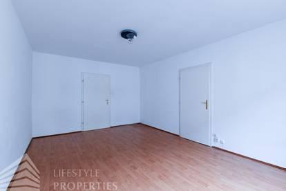 3 WG-Zimmer in 98 m² großer Wohnung, Nähe Einsiedlerpark