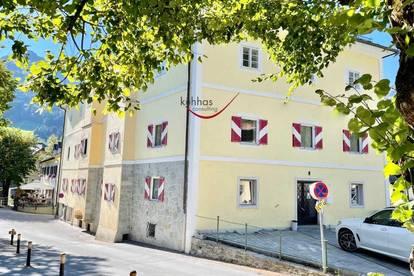 Zentrum vom Bad Hofgastein. Schönes altes Kurhaus zum Renovieren.
