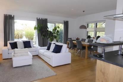 Lichtdurchflutete 3-Zimmer Wohnung Mondsee HELL - MODERN & OPTIMAL GESCHNITTEN!