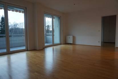 """Froschberg - """" Natur pur"""" 3-Zi Wohnung mit Balkon und 2 Tiefgaragenplätze"""