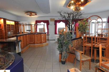 Sehr gepflegtes und großes Caferestaurant am Ortsrand von Hadres zu vermieten!