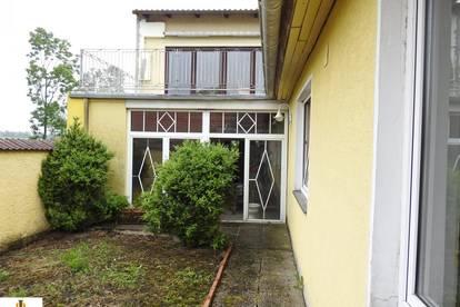 Ein- bzw. Mehrfamilienhaus in Ruhelage, in Hadres!