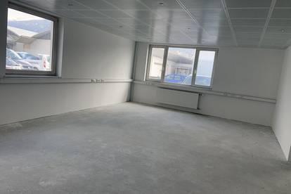 Top Gewerbefläche Büro, Kanzlei, oder Praxis, neu renoviert und barrierefrei