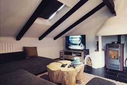 PROVISIONSFREI für den Käufer !! Stilvolle 2-Zimmer Dachgeschoss Wohnung im Herzen von Kramsach zu verkaufen!