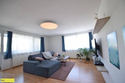 """BERGHEIM - Große helle 2,5 Zimmer Wohnung nähe Lokalbahnhaltestelle"""