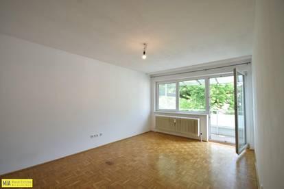 """""""AIGEN - Helle 2 Zimmer Wohnung mit großem Balkon nähe Schloss Aigen"""""""