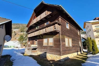 Holzhaus mit Potential zwischen Turracherhöhe und Hochrindl