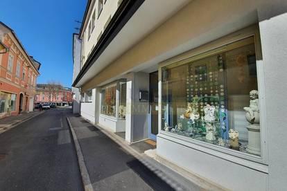 50 m² Geschäftsladen mit Schaufenster im Zentrum