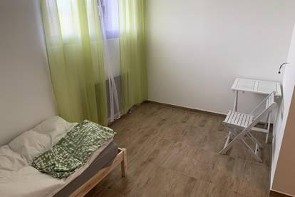 Zimmer ab 350.- im Monat Autobahn in Wels ca (4km)