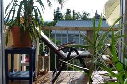 Mansardenwohnung in Altbauvilla mit Balkon, Terrasse und Garten - Provisionsfrei