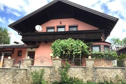 Großzügiges Einfamilienhaus, traumhafte Terrasse und Balkon
