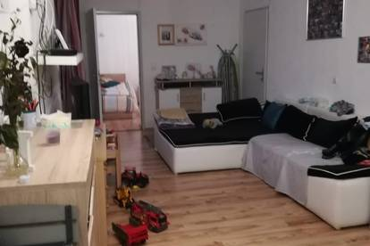 1 Schlafzimmerwohnung wartet sehnsüchtig auf neuen Mieter