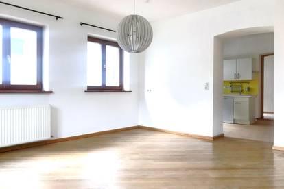 Vomp - Sonnige 2-Zimmer Wohnung im Dorfzentrum