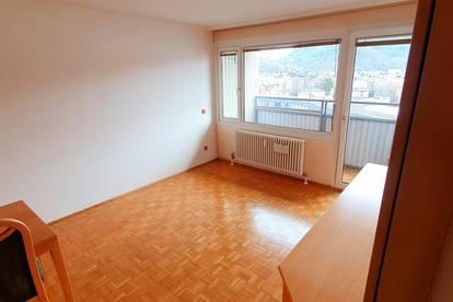 Sonnige 2-Zimmer Wohnung mit Balkon, zentral in Salzburg, Teilmöbliert