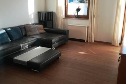 Schöne voll möblierte 4-Zimmerwohnung