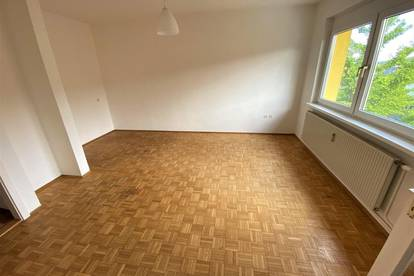 Provisionsfrei! Garconniere im Zentrum von Feldbach - neue Einbauküche!