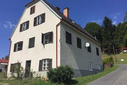Wohnhaus mit 2 Wohneinheiten in zentraler Lage Nähe Bad Gleichenberg