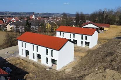 *JETZT RESERVIEREN* Provisionsfreies Reihenhaus in Fehring mit ca. 87m² Wohnfläche und 3 Schlafzi.!