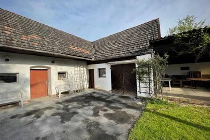 Einfamilienhaus mit kleinem Wirtschaftsgebäude auf über 6000m² großem Grundstück in Neudorf bei Ilz