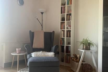 Eugendorf I Wohnen im Grünen - wie im eigenen Haus mit Balkon und Stellplatz!