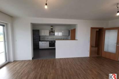 Mattighofen - großzügiges Wohnen -3 Zimmer in ruhiger Lage mit Balkon und Carport zum Kauf!!!
