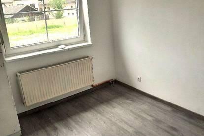 K3! Zimmer in neu renoviertem Haus, mit Balkon und Gartenbenutzung