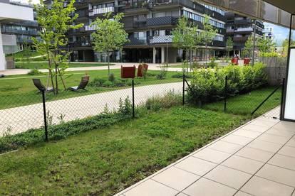 Moderne U-Bahn nahe Zweizimmerwohnung mit Terrasse und Garten in einem ruhigen Stadtviertel
