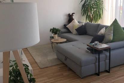 PROVISIONSFREI *Nachmieter* gesucht für wunderschöne DG-Wohnung mit Sonnenterrasse und Blick auf Schloss Schönbrunn
