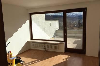 Generalsanierte Garconniere 29 m2.; Terrasse südseitig 24 m2; Traum-Panorama;