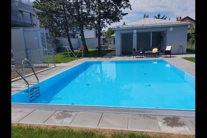 Nagelneu Bj 2020 Glückstag, inkl. Schwimmbecken im Garten, Süd-Balkon, Garage und Aufzug