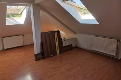Mitbewohner gesucht: Wohnung in Pressbaum (man ist schnell in Wien)