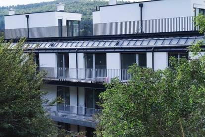 Zweistöckige 3-Zimmer Wohnung mit Dachterrasse