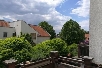 Herrlich, weitläufige Terrassenwohnung mit Blick ins Grüne