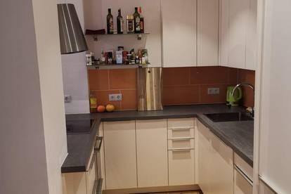 Ruhige, moderne Studio-Wohnung, ideal für Single oder Pärchen - toll renoviert