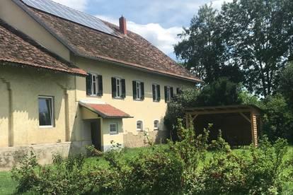 Halbes Haus mit Garten in Schlossnähe