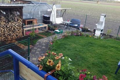 Provisionsfreie Wohnung zum Verkaufen mit 100m2 Garten