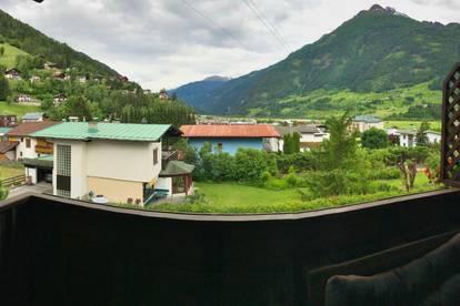 Geräumige 3-Zimmer-Dachgeschosswohnung mit schöner Aussicht nach Süden und Norden
