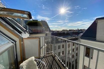 WG-Zimmer in traumhaft schöner Dachgeschosswohnung mit Blick auf den Prater